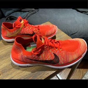 Nike FlyKnit 4.